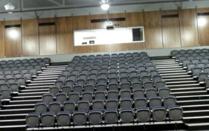 Leibler Yavneh: Retractable Seating